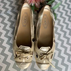 Tod's  cream Suede Patent Leather  Loafers Ballet